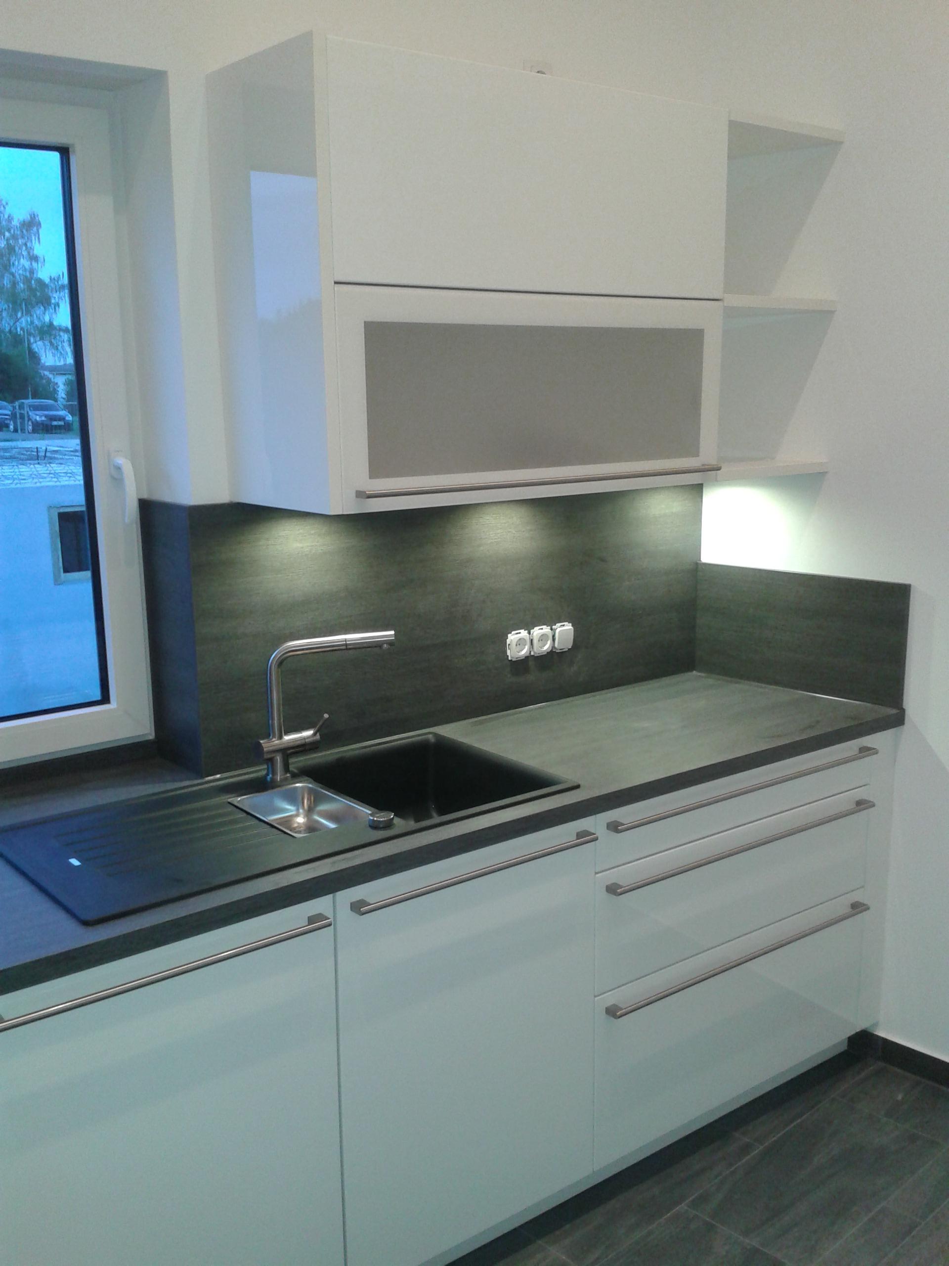 Ziemlich Weiß Glänzend Küchenschranktür Bilder - Ideen Für Die Küche ...