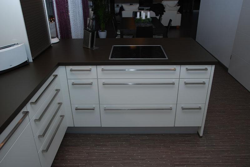 35425012307102 k chenschr nke rot. Black Bedroom Furniture Sets. Home Design Ideas